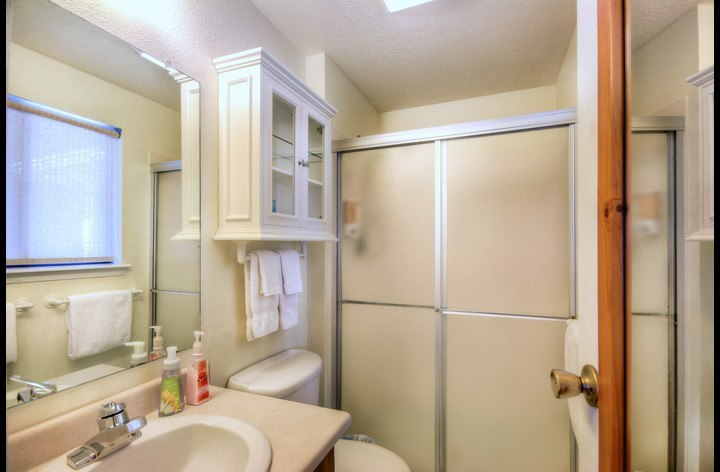 Master Bath w/ Shower