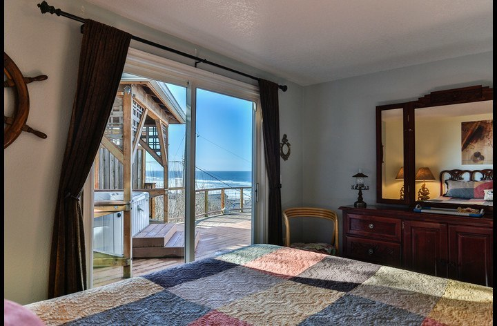 Ocean View from the King-Size Bed