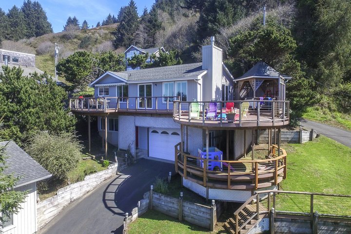 rental westover lincoln vacation experience coast house oregon rentals city d